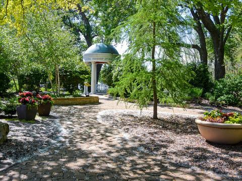 Riverside International Friendship Gardens