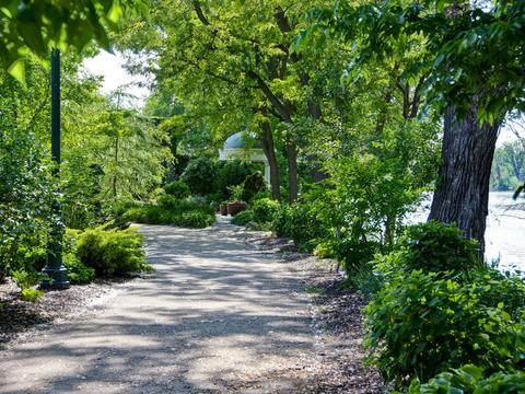 Walking Path to Riverside International Friendship Gardens.