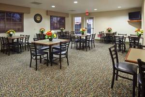 Grand Start® Breakfast Area