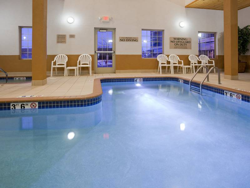 Hotel tour grandstay hotel conference apple valley mn - Valley center swimming pool hours ...
