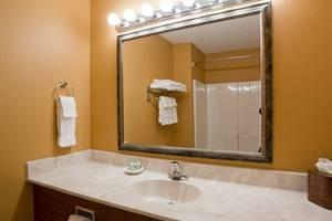 Non-Accessible Guest Room Bathroom