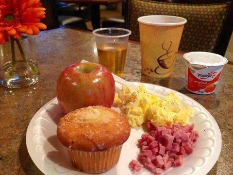 Complimentary GRAND START® Breakfast