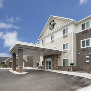 Getaway With Friends & Family At Our Luxurious New London Spicer MN Resort