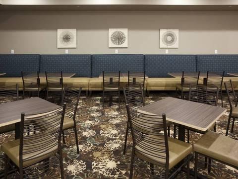 GRAND START® Breakfast Area