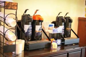 Complimentary Grand Start Breakfast