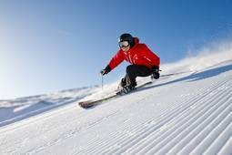 Ski & Stay Package